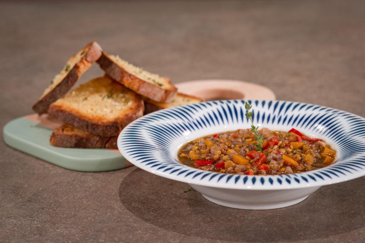Σεφ στον Αέρα - Δείτε τη Δευτέρα 09/01 στο Σεφ στον Αέρα την Ελένη Ψυχούλη παρέα με τον Αλέξανδρο Παπανδρέου να μαγειρεύουν απλές & μαγικές συνταγές!